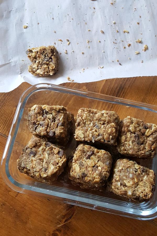 Nut-free, easy, healthy, kid friendly snacks for school